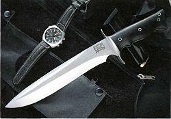 тактические боевые ножи со статичным клинком