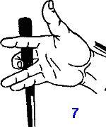 прямой удар сменяется боковым или нижним