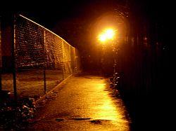 Ограбление и хулиганство на улице, общие меры защиты и профилактика ограблений на улице